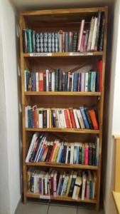 Dorfladen Klausen - Öffentliches Bücherregal